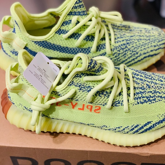 b0bc12646a6 Adidas Yeezy Boost 350 V2 Semi Frozen (Size 7)